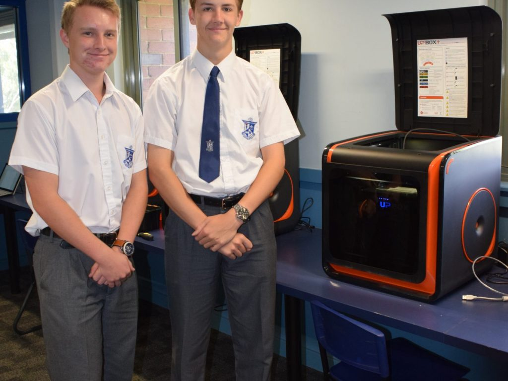 ENABLE Project – students 3D printing limbs for those in need